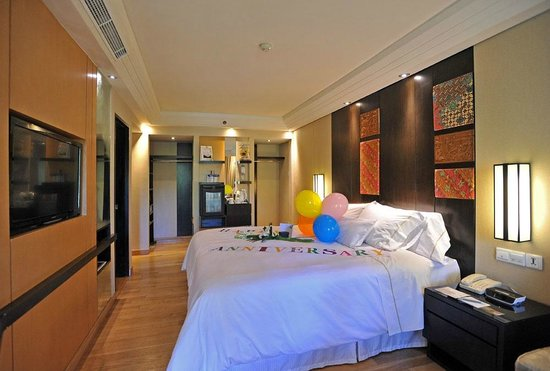 The Westin Resort Nusa Dua, Bali: Our beautifully decorated room - what an effort to make guests like us happy!