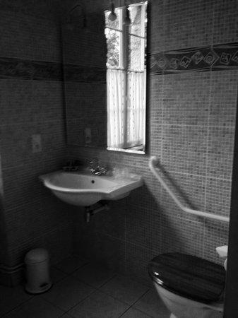 La Ramade Hotel de Charme: salle d'eau
