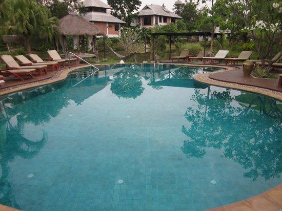 Baan Chai Thung : pool