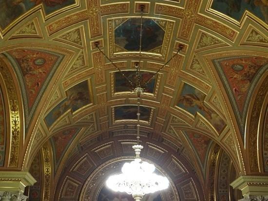 Hungarian State Opera House (Magyar Allami Operahaz) : Plafond peintures et dorures