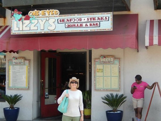 East Bay Inn : Lovely places to eat in Savannah, GA!