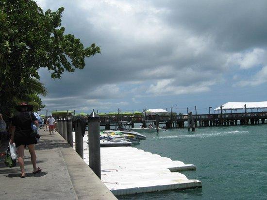 Sunset Pier: Pier and people enjoying