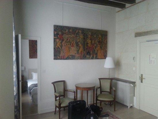"""Le Grand Monarque : Hall d entrée de la chambre """"Richelieu"""""""