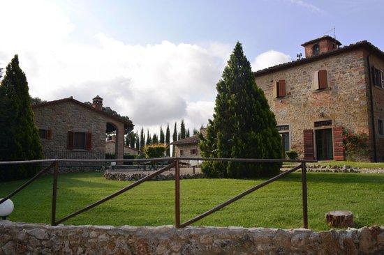 Relais Villa Petrischio : Parco e appartamenti