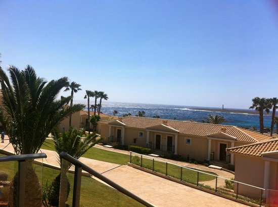 Insotel Punta Prima Resort & Spa : view of the rear of apartments, at the top of resort