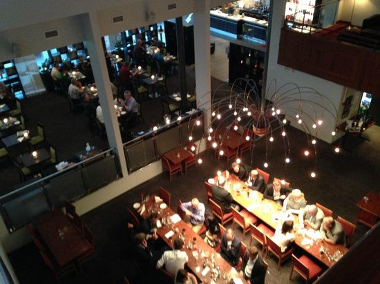 Best Western Oslo Airport Hotell : Restaurant from 2nd floor main hall