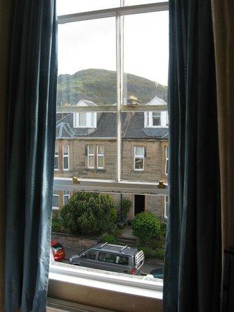 Hotel Ceilidh-Donia: Вид из окна
