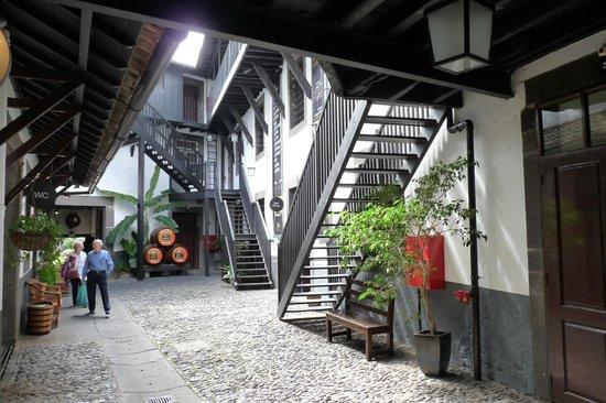 Blandy's Wine Lodge: A l'intérieur