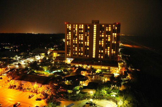 Embassy Suites by Hilton Myrtle Beach-Oceanfront Resort: Night lights looking north