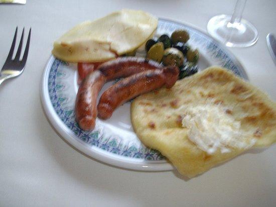 Villa Mandarine : Breakfast -- Duck Sausage!!!