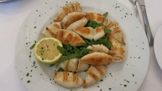 Antica Trattoria Nuova: Calamaretti Griglia - Baby-Tintenfische vom Grill