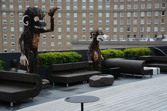 Revere Hotel Boston Common: Rooftop Bar