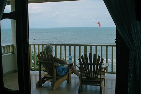 Hopkins Bay Resort: the view from our balcony in 10 A