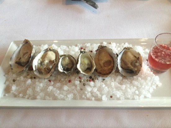 Canlis Restaurant : The oyster appetizer