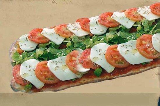 Gusto Italiano: Pizza Pala Caprese