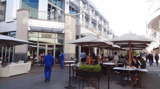 Tashas: Tasha's at Rosebank