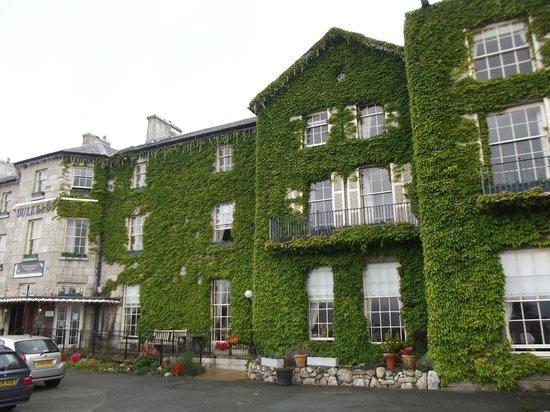 The Bulkeley Hotel: Фасад отеля