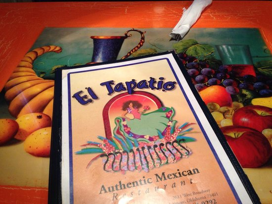 El Tapatio Cafe : Old fast food building upgraded to sit down restaurant.