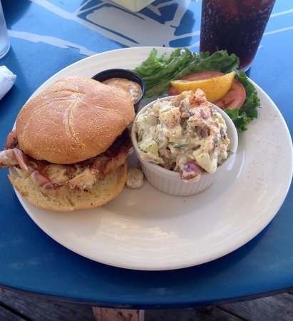 Crab's Claw: Soft shell crab sandwich's awesome!