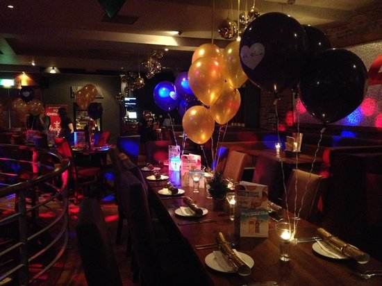 The Slug and Lettuce: Christmas party table ready and waiting...