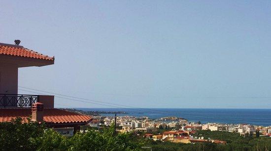 Galaxy Villas : great view over Chersonissos