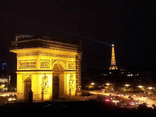 Adagio Access Paris Tilsitt Champs Elysees - ex-Citea : View from terrace, 7th floor