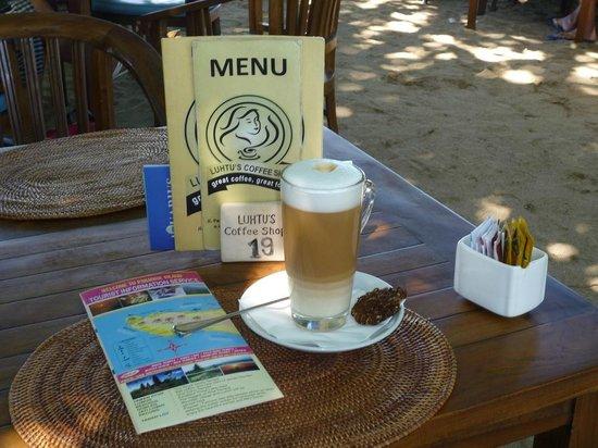 Luhtu's Coffee Shop: Great latte