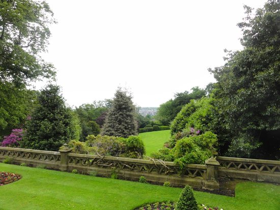 Best Western Plus Kenwood Hall Hotel: Beautiful grounds
