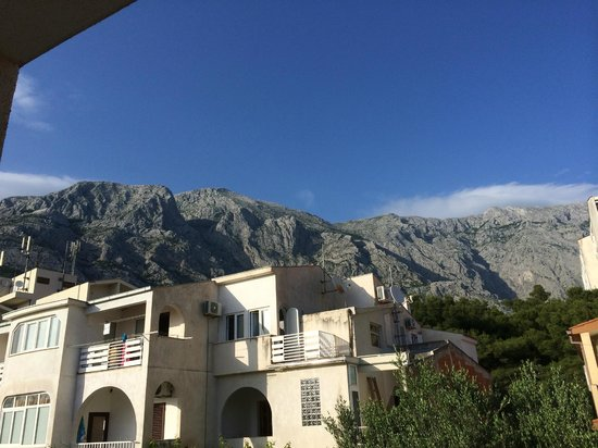 Aparthotel Milenij: View of mountains from room 201