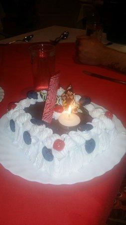 Coral Beach Hurghada Resort: Mum's surprise birthday cake
