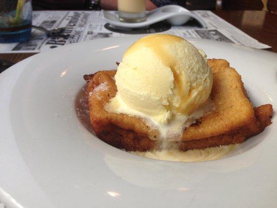 Victor Cruz Bistro: torrija con helado de vainilla