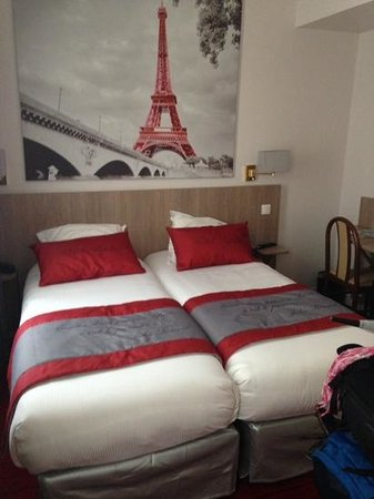 Saphir Grenelle Hotel : room for two