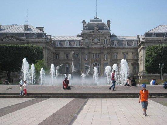 Novotel Lille Centre Grand Place: Place de la Republique, Lille