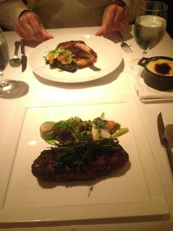 Gotham Bar & Grill : Delicious steak and pork chop