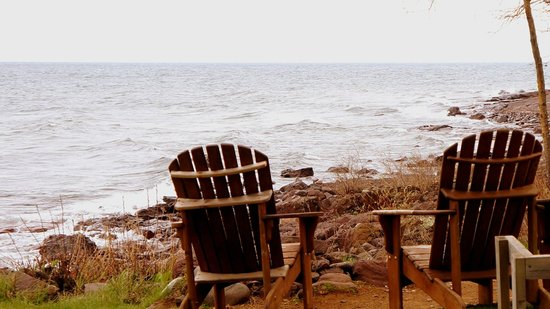 Larsmont Cottages on Lake Superior : Peace in shore