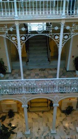 Hotel Victoria: Hall del hotel