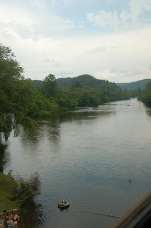 Hiwassee River Rail Adventure : View from train