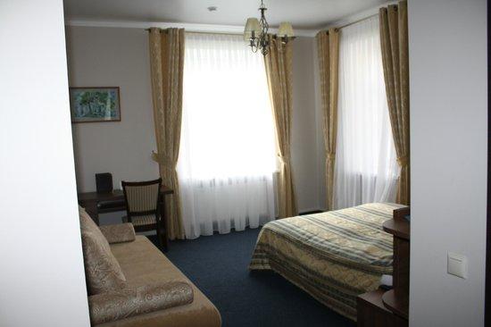Hotel 903