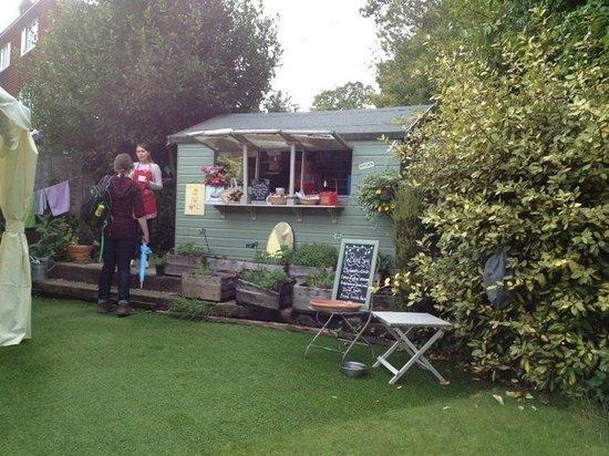 The Secret Garden: Tea Hut