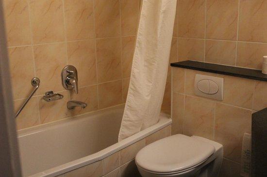 Hotel Koffieboontje: salle de bains
