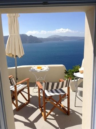 Pezoules: Breakfast with a view