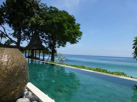Qunci Villas Hotel: plage