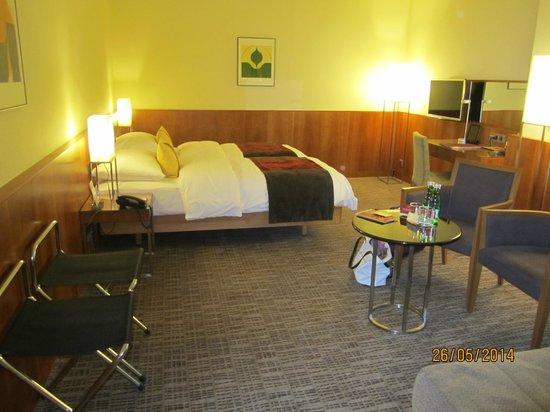 K+K Hotel Maria Theresia: номер, спальная зона