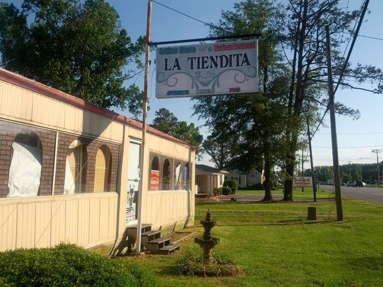 La Tiendita Carniseria Y Taqueria: La Tiendita