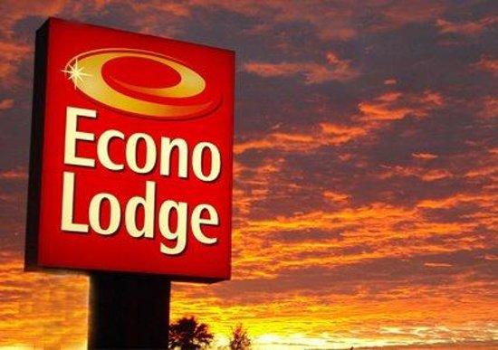 Econo Lodge Airport: Entrance