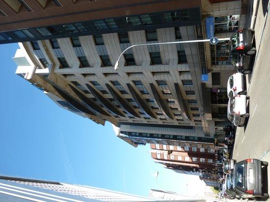 AC Hotel Leon San Antonio: Street view