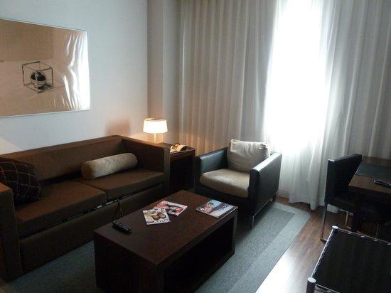 AC Hotel Gijón: Sitting room