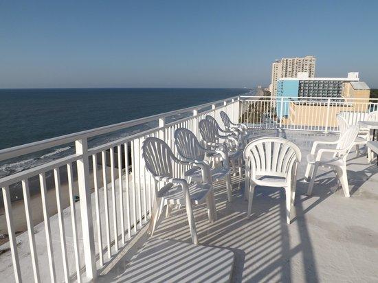 Sea Mist Oceanfront Resort : Penthouse aparment deck.  Our reunion was in penthouse.