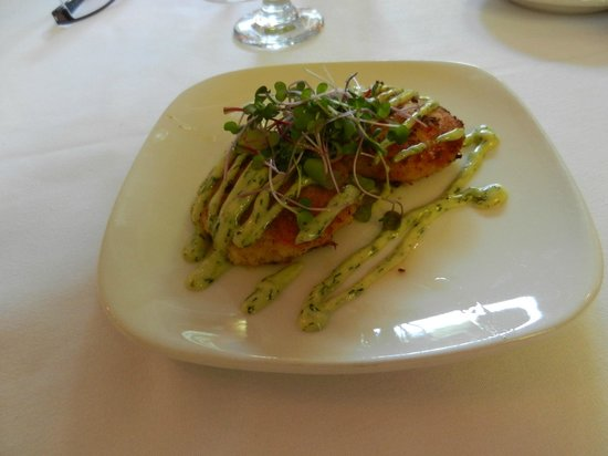 Little River Inn Dining Room: DUNGENESS CRAB CAKES pan seared with mustard dill aioli