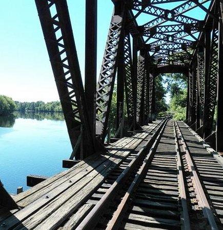 Penacook, NH: old bridge